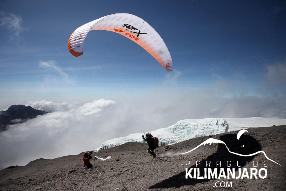 Paraglide_Kilimanjaro_Andrew_Smith_16_Sep_2011_1